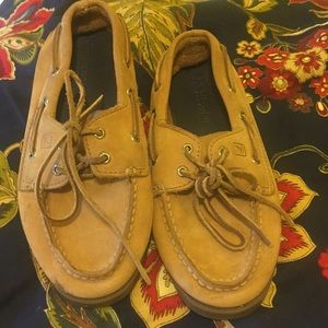 Sperry  youth size 1.